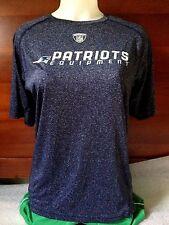 NFL Equipment New England Patriots Women's Reebox T-Shirt XL Blue - Used