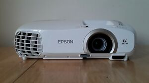 Epson 2030-Powerlite Projector Full HD-1080p - Immaculate Condition