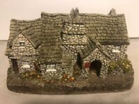 "Lilliput Lane ""TINTAGEL"" Miniature Cottage United Kingdom England"