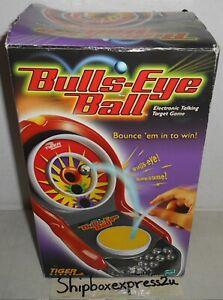 NEW 2003 BULLS-EYE BALL TIGER ELECTRONICS SKEET GAME HASBRO