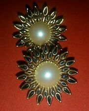 Vintage Rossi Bijoux large Pearl & Gold Clip - On Earrings
