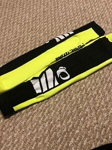 Set Of Pearl Izuma Bicycle Cycling Compression Sleeves Yellow Black