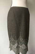 Carlisle NWT $355 Taupe Brown Wool Pencl Skirt Sz6 Scalloped Eyelett Hem Boarder
