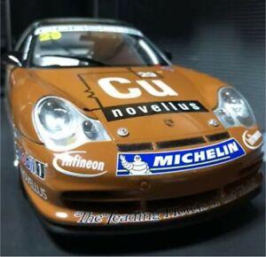 AUTOart Porsche 911 GT3 R Asian Carrera Cup Winner 2003 1/18