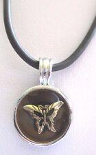 Bijou pendentif collier médaille papillon cordelette simili cuir noir *3523