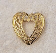 Vintage Repro Pin Brooch Heart Love Kiss Sister Friend Whimsical Gold Tone Vl-Ab