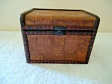 "Vintage Small Wooden Storage Box "" BEAUTIFUL COLLECTIBLE USEABLE ITEM """