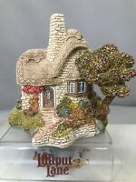 Lilliput Lane Beehive Cottage English Collection Midlands 1989 New Box Deed Book