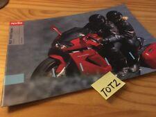 Aprilia RST1000 Futura RST 1000 moto prospectus brochure prospekt publicité