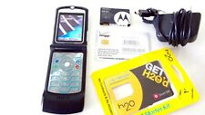 Motorola MOTORAZR V3A . Black (UNLOCKED)  Cell Phone SUPERB Condition + Gifts