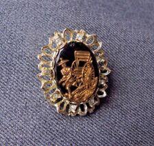 VINTAGE CHINESE MAN PULLING RICKSHAW CABOCHON RHINESTONES GOLDEN METAL PIN 8310B
