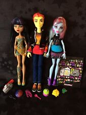Monster High - Classroom  - Cleo De Nile, Abbey Bominable, Heath Burns