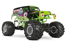Axial Smt10 Grave Digger RC Monster Truck RTR With Extras Yeti Scx10 AX90055