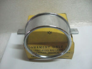 1964 CHEVROLET IMPALA TAILLIGHT LENS CHROME ORNAMENT GM 5955332 NORS