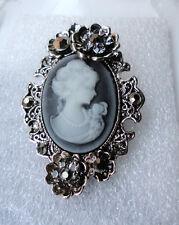 ZPs3 Vintage Style Victorian Theme Cameo Fashion Brooch Crystals Vampire Grey