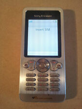 Sony Ericsson Walkman W302 White Unlocked Mobile Phone Digital Camera MP3 Player