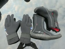 Aqualung Neoprene Boots and Gloves