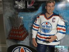 MCFARLANE WAYNE GRETZKY OILERS NHL 31 CON SMYTHE TROPHY FIGURE REG