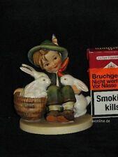 "Goebel Hummel 58/1 ""Hasenvater"", playmates, Junge mit drei Hasen Bunny"