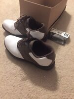 Austin Golf Shoes Mens Size 8.5D Brown and White With Extra Cleats