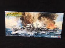 Pit road 1/700 US Navy Destroyer Escort DE-99 Cannon Class
