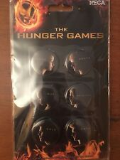 THE HUNGER GAMES Set of  6 Character BUTTON PINS - NECA 2012