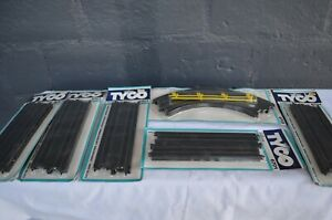 "VINTAGE TYCO 5 x 6701 9"" STRAIGHT TRACKS & 1 x 6705 CURVE TRACK - NEW IN PACKETS"