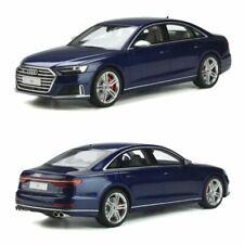 Voitures miniatures bleus Audi