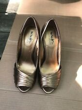 Coach and Four Bronze Heels - Shoes- Size 8.5 HEEL:ABOUT 4.5''