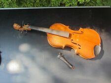 Alte Geige Violine mit Kopf
