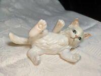 Vintage Lefton Porcelain White Cat Kitten Laying Playing Figurine Red Sticker