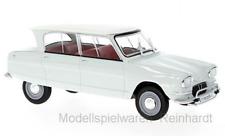 1/24 White Box Citroen AMI 6 hellgrün weiß WB124026