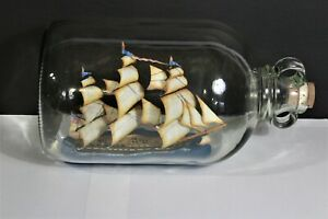 1797 USS Constitution wooden-hulled, 3-masted heavy frigate United States Navy