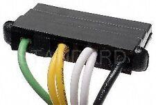 Standard Motor Products S94 Voltage Regulator Connector