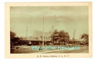 Baldwin LI NY -LONG ISLAND RAILROAD STATION- c1920s Postcard