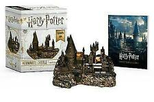 Harry Potter Hogwarts Castle and Sticker Book Lights up 9780762464401
