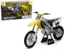 SUZUKI RM-Z 450 #94 KEN ROCZEN 1/6 MOTORCYCLE MODEL BY NEW RAY 49523