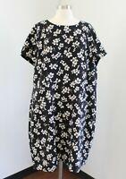 NWT $89 Ann Taylor Loft Plus Black White Floral Short Sleeve Dress Size 24W Red