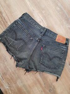 LEVI STRAUSS Levi´s 501 Jeans Short Hotpant Gr. S/M (W28) grau Waschung black