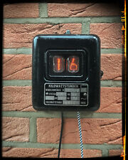 Nixie Thermomètre dans le vieux Compteur Boîtier-teslapunk, steampunk, loft