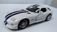 Maisto 1:24  Dodge Viper GT2 2007 White Diecast Toy American Sports Car Display