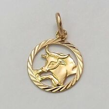 18K Yellow Gold Taurus the Bull Zodiac Astrology in Circle Disc 2.4gr
