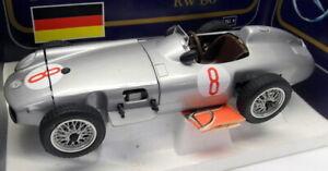 Polistil 1/16 Scale Diecast - TG9 Mercedes Benz RW 196 Silver