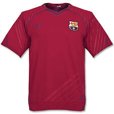Vintage Nike Barcelona ENTRAÎNEMENT FOOTBALL T-SHIRT AVANT MATCH Rouge sombre M