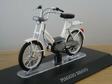 ALTAYA IXO PIAGGIO BRAVO WHITE SCOOTER BIKE MODEL MD028 1:18