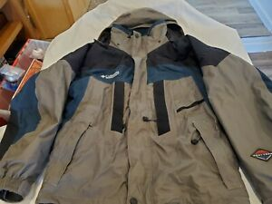 Columbia Omni Tech Snowboard Large Gray/Black/Forest Green F8SM7058/7057 Jacket