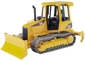 BRU2443 - Bulldozer CATERPILLAR jouet BRUDER -  -