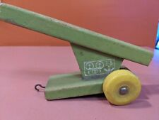 VINTAGE WOOD TOY ROCKET LAUNCHER, PULL BEHIND