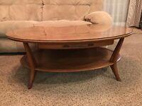 Henredon Heritage Mid Century Modern Oval Wood Coffee Table