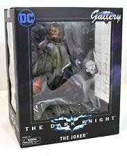 DC Movie Gallery Batman The Dark Knight 9 Inch Joker PVC Diorama Diamond Select